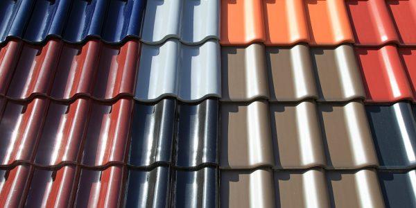 Крыша из металлочерепицы: полезная информация о кровельном материале
